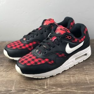 NEW Nike Air Max 1 One